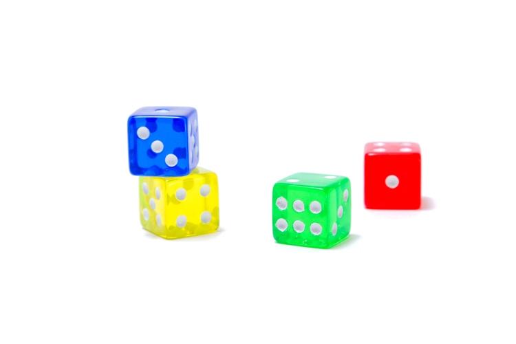 幼児さんでも数概念の理解から足し算の練習までできる遊び、「すごろく」