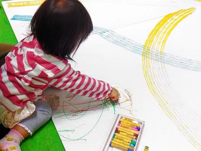 子供が集中力がないのはあたりまえ!?2~3歳児さんの集中力を高める方法とは。