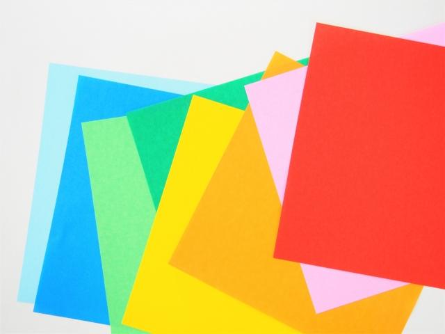 1歳からできる!はじめての「折り紙」へのステップ